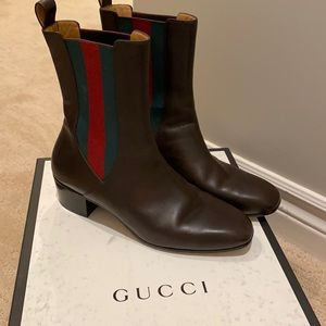 Gucci size 39 boots in Cocoa , excellent condition